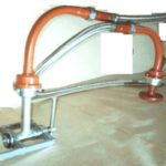 Articulated device for draining gas from railway tanks SHUS